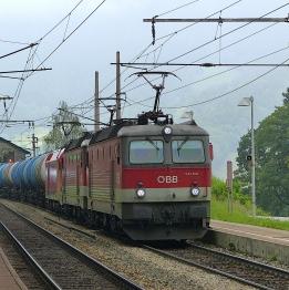 Transporté par un fret ferroviaire